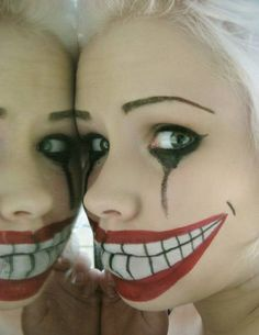 Hello, creepy creatures :) Here some make up ideas for Halloween. I'm not decided yet what I will be this Halloween but I have 24 h. Halloween Mode, Halloween Clown, Looks Halloween, Halloween 2018, Holidays Halloween, Halloween Crafts, Halloween Costumes, Halloween Clothes, Halloween Painting