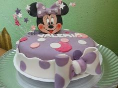 Minnie cake by Omar