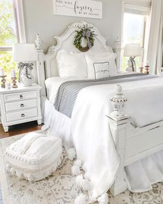 186 best guest bedroom ideas for you 1 mantulgan. Farmhouse Style Bedrooms, Farmhouse Master Bedroom, Master Bedroom Design, Dream Bedroom, Home Bedroom, Room Decor Bedroom, Bedroom Ideas, Bedroom Furniture, Farmhouse Decor