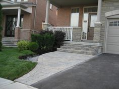 Ideas for paver patio steps flagstone path Front Walkway Landscaping, Front Yard Walkway, Wood Walkway, Flagstone Path, Landscaping Ideas, Front Porch, Front Entry, Shade Landscaping, Driveway Paving