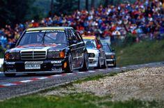 W201 racing