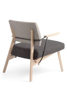 LINDSAY BI H40 +A, déclinaisons multiples. Un fauteuil qui vous offre de nombreuses options de personnalisation pour un résultat vraiment unique.