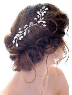 Model Rambut Pesta Pernikahan Terbaru 7