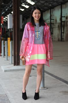 We thought Connie looked super cute and colourful in a raincoat and top from Asos, a skirt by Black by Geng, a clutch made from Abalone shell and shoes by rmk.