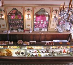 Pâtisserie Miremont is the most famous and elegant pâtisserie in Biarritz. #Biarritz #pâtisserie