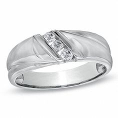 If you want quality jewelry, you need to know how to find a jewelry shop that's reputable and fair. Learn what to look for in the best jewelry store. White Gold Wedding Bands, Gold Bands, Wedding Ring Bands, Wedding Men, Wedding Dreams, Diy Wedding, Wedding Stuff, Dream Wedding, Size 10 Rings