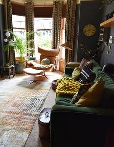Nicola Broughton--The Girl with the Green Sofa& HomeTop 10 Picks from BoConcept, an Exclusive Sneak Peek at the New Autumn Collection Living Room Green, Home Living Room, Green Sofa, Boconcept, New Living Room, Home Decor, House Interior, Room Decor, Interior Design Living Room