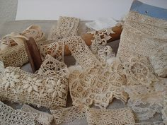 Belgian lace is so pretty, many ideas come to my mind when I see it!
