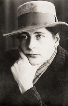 Otto Mäkilä 1904–1955. Kuva Taito