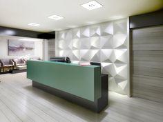 Стойка ресепшн из акрилового камня. Дизайн, интерьер и стиль офиса и акриловый камень. Reception Desk made of acrylic stone. Design, interior and style of the office and acrylic stone.