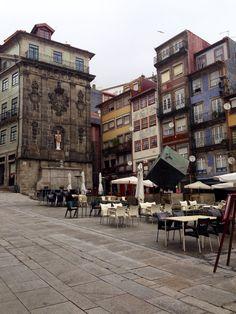 Ribeira, Praça do Cubo, Porto-Portugal