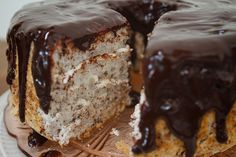 fooderific:  clottedcreamscone:  black & white angel food...