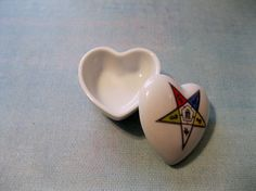 Vintage Porcelain Trinket Box with Masonic Eastern Star by Suite22, $10.00