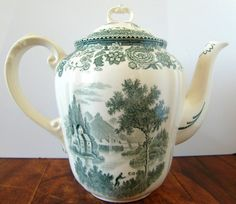 Vintage tea pot with pretty floral decor manufactured by Villeroy & Boch…