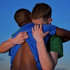 image Black And White Love, Black Is Beautiful, Stephen Hawking, Gay Mignon, Preston Garvey, Gay Lindo, White Couple, Gay Aesthetic, Gay Pride