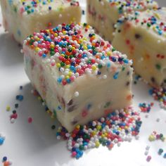 Funfetti Cake Batter Fudge....I want to do this with Christmas colors!