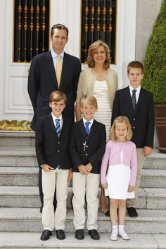 Cristina of Spain, Duchess of Palma de Mallorca and Iñaki Urdangarín, Duke of Palma de Mallcora with their 4 children (Juan, Pablo, Miguel, and Irene)