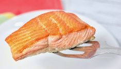 Want to know how to cook salmon like the pros do?? With this foolproof trick you can enjoy restaurant style pan-seared salmon at home...every single time!