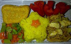 Nasi kuning + Mie goreng + Sosis goreng + Chicken nugget + Oseng kacang wortel