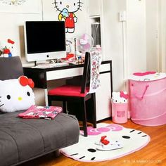 Lol, my room looked like this at one time! ;D