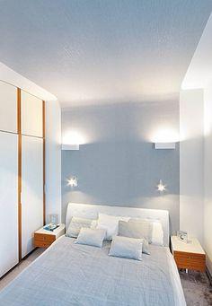 MIESZKANIE. Wystrój sypialni nawiązuje do reszty mieszkania. Kolorystyka jest taka sama - biel zestawiona z odcieniami szarości. Urozmaiceni...