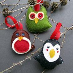 Festive felt bird Christmas decorations handmade in TheBigForest buy from Etsy
