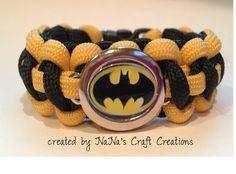 Batman paracord bracelet! YES PLEASE!