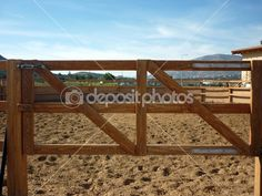 Another simple DIY 2x4 gate?