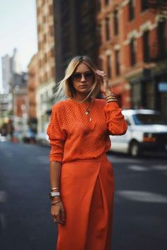 Stylecolors // Orange // T-shirt // Jacket // Coat // Pants // Dress // Shoes // Color // Style // Love // Fashion // Babe // Always // Best Looks // Street Style // Fashion Week// It-girl // Kkstylecolors // Orange Outfits, Orange Top Outfit, Orange Clothes, Mode Outfits, Fashion Outfits, Fashion Trends, Office Outfits, Outfits Casual, Fall Outfits