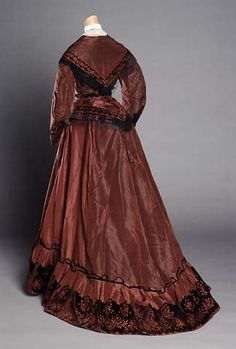 Wedding dress, 1858 United States (North Carolina), the North Carolina Museum of History