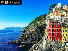Thanks to Thea @doingitaly for sharing her beautiful picture of a special #girlcation in Liguria! #coastline #liguria #cinqueterre #doingitaly #travelblogger #travelnoire #mycornerofitaly #browsingitaly #italianriviera #monterosso #blueskies #colorful #travelblog #browsingitaly #iloveitaly #seaside #ig_liguria #repostromanticitaly #thisisitaly #rockycoast #bluewater #mycornerofliguria #italy Romantic Italy, Cinque Terre, Seaside, Beautiful Pictures, Coast, Colorful, Travel, Instagram, Beach