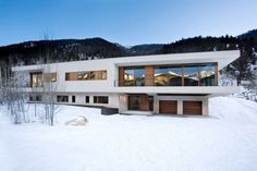 Lovely retreat in snow covered slopes of Aspen Majestic Views and Cozy Interiors For This Astonishing Aspen Residence
