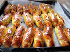 cornuri fine 10 Romanian Food, Cake Cookies, Sausage, Favorite Recipes, Cakes, Sweets, Brot, Kuchen, Cake Makers