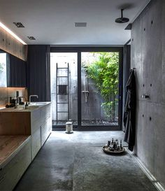 Check Out 41 Concrete Bathroom Design Ideas To Inspire You. Concrete is a super popular material due to its durability, modern look and budget-friendliness. Interior Design Minimalist, Modern House Design, Home Interior Design, Interior Architecture, Interior Decorating, Design Interiors, Decorating Ideas, Modern Interiors, Villa Design