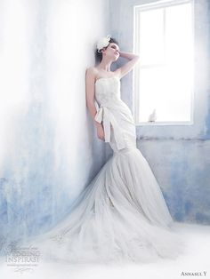 """""""Evoking the nonchalant charm of the bygone era, Annasul Y wedding gowns are renowned for the retro 20′s ultra-glam designs."""""""