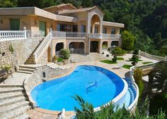 Luxury mansion for sale in Roquebrune Cap Martin, French Riviera. viewofwater.com