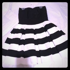 Dress Black and white size small new no tags Dresses Mini