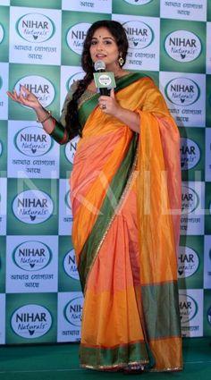Vidya Balan is clicked during a promotional event in Kolkata. Vidya, who will next be seen in the Marathi movie Ek Albela spoke to the media collecte. Saree Blouse, Sari, Vidya Balan, Promotional Events, Beautiful Saree, Silk Sarees, Blouse Designs, Diva, Bollywood