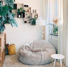 Bedroom Reading Nooks, Bedroom Corner, Room Design Bedroom, Room Ideas Bedroom, Bedroom Decor, Bean Bag Room, Bean Bag Living Room, Chill Room, Cozy Room