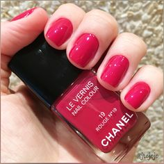 Rouge No. 19 (19) - Chanel