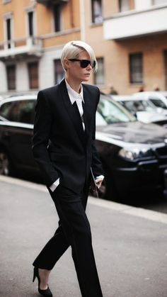 Androgyny done well, with a fitted suit and elegant heels. www.justblynk.com