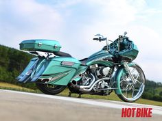 Custom 2011 Harley Davidson Road Glide                                                                                                                                                                                 More