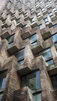 Juan Camilo Sosa Velez We love the geometry of this eye catching facade. Art Et Architecture, Beautiful Architecture, Beautiful Buildings, Contemporary Architecture, Architecture Details, Classical Architecture, Foster Architecture, Architecture Geometric, Modern Buildings