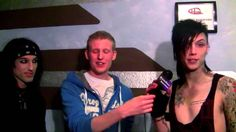 Black Veil Brides Reads 50 Shades Of Grey (Andy Biersack & Christian Coma) (OMF!)