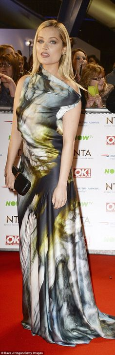 Award for worst dressed goes to: Georgie Porter and Lydia Bright – fashion fail Georgie Porter, Fashion Fail, Fashion Tips, Laura Whitmore, Red Carpet Fashion, Hemline, Bridal Gowns, Tie Dye, Cover Up
