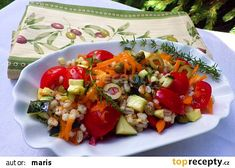 Kroupový salát se zeleninou recept - TopRecepty.cz Bruschetta, Cobb Salad, Ethnic Recipes, Food, Essen, Meals, Yemek, Eten