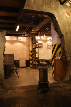 KOREA  -  VINTAGE CAFE INTERIOR Production design by SCREENART  http://www.byscreenart.com/