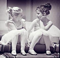 #FriendsForever #DanceStudioShoot #HodsockPriory #PhotographerRetford