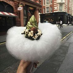 Candyfloss Cloud Ice Cream Is Here And It's Fucking Magical