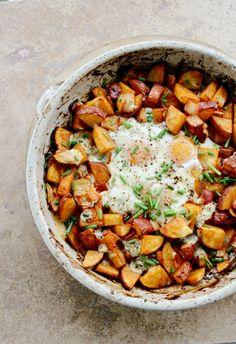 Paprika fumé pommes de terre et œufs Cuire